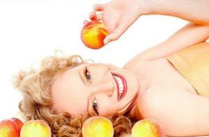 Обновляющий пилинговый комплекс с фруктовыми кислотами и микродермабразией