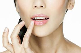 Эффективное увлажнение губ